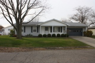 PUBLIC AUCTION OF REAL ESTATE - - 1161 Lone Pine Road, Circleville, OH