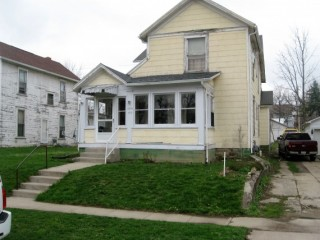 Investment Property ! Duplex with Tennants & Leases!!