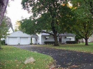 872 LINCOLN DR., CIRCLEVILLE, OH 43113