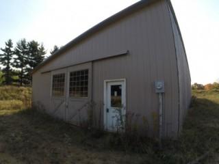 10+ Acres & Brand New Horse Barn