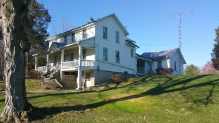 Country Home & 11 Acres