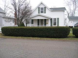 Cozy 3 bedroom Home on Corner Lot! Call Steve Smith 937-592-2200