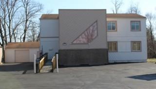 4-Unit Office Building