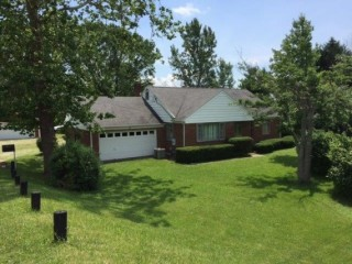 Auction of 3BR Brookville Home on 1.27 Acres in Northmont School District