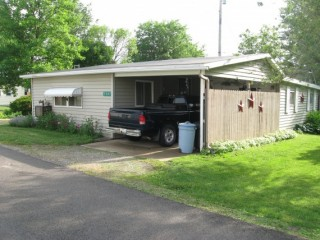 Cozy Lake House with large Lot! Call Steve Smith 937-592-2200