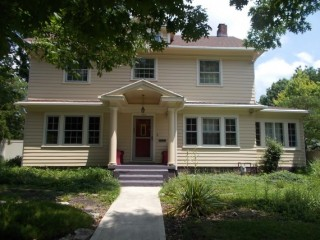 Very Nice 2 1/2 Story Colonial House