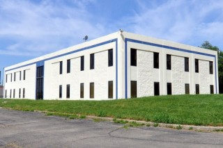 Online Auction of 16,000 SF Moraine, OH Office Bldg.