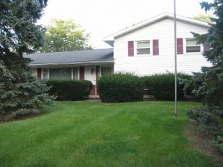 Great Home Close to Schools & Parks