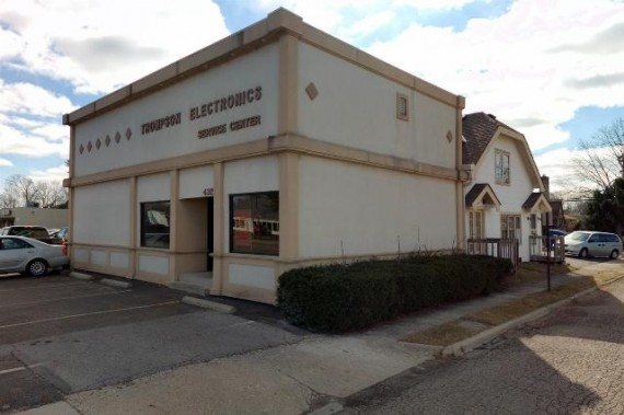 Retail Showroom Warehouse Building Facing Main Street