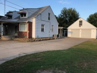 WASHINGTON LOCAL REAL ESTATE AUCTION: 5716 Bennett Rd MIN BID ONLY $90,000! 2,900+sq ft on 1.7 acres