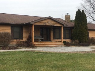 Residential Home Auction w/5 acres