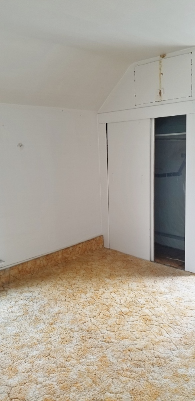 2 Bed Rooms