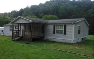 190+ West Virginia Acres w/ 3 BR Home