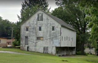 117 Year Old Barn. Picking Rights. No Real Estate.