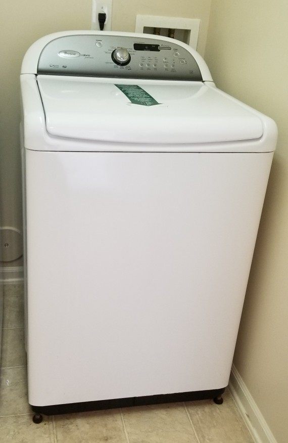 Matching Clothes Washer & Dryer Stay