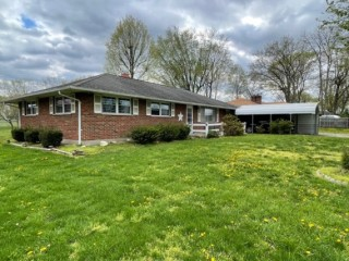 Online Auction ~ 3BR Brick Ranch Lemon TWP, Ohio
