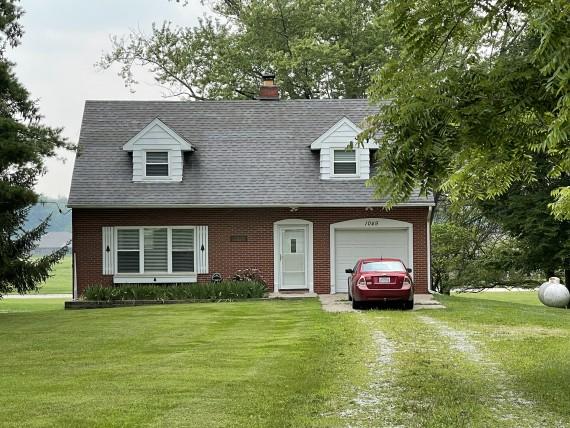 Bidding lot 136, house at 1049 US-42