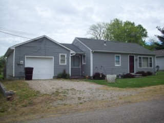 PUBLIC AUCTION OF REAL ESTATE - - 90 Water Street, Tarlton, OH