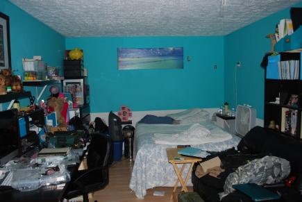 Bedroom in second owner's suite