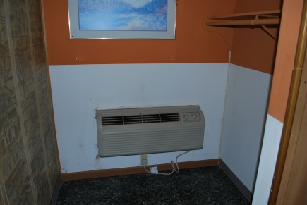 All rooms have individual heat and air