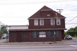 LARGE 2-STORY COMMERCIAL WITH FRONTAGE ON MAJOR ROAD