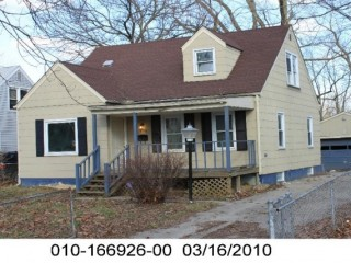 Public Real Estate Reserve Auction on March 22nd, 2014 starting at 5:00pm for 1878 Jermain Drive Columbus, Ohio 43219 a 3 bedroom, 1 full bath, full basement, 2 car unattached garage home.