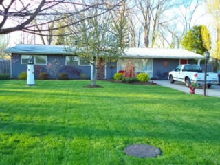 Stunning Mid Century Ranch 3Bdm/1 1/2 Bath Home