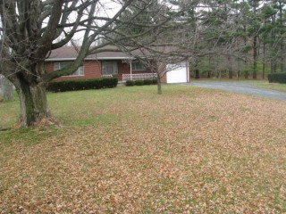 Ranch Style Home with Large Lot !