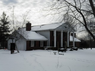 11 +/- ACRE HORSE FARM W/HOUSE AND PERSONAL PROPERTY