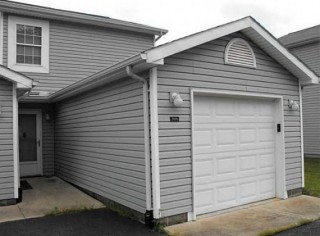 Online Only Auction of 2BR, 2BA Indian Lake Condo
