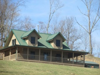 Log Home near Ohio River