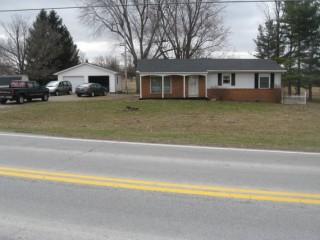 Cozy Home on 1.170 acres