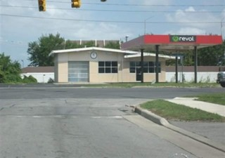 Commercial Retail / Restaurant / Office Space Available For Sale or Lease